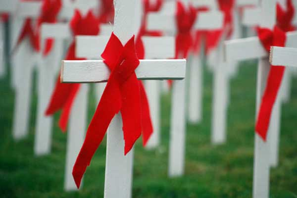 World-Aids-Day-02-crosses