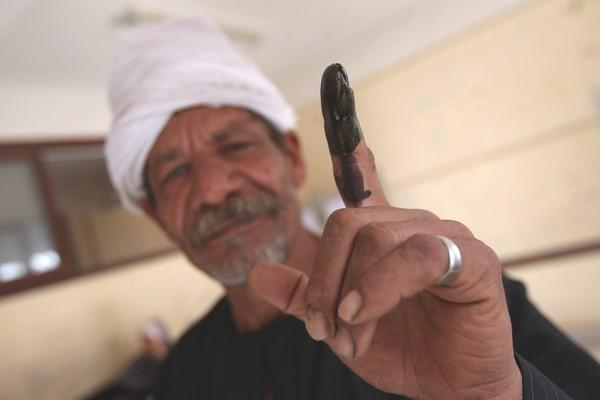 Egypte-elections-doigt-encre-21